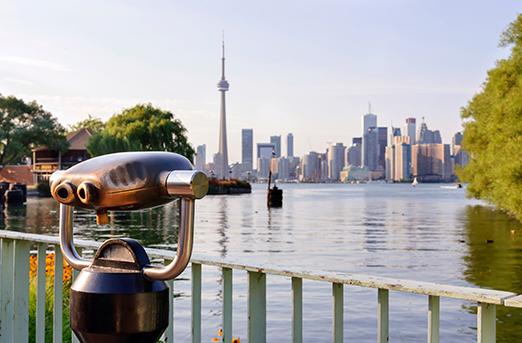 TorontoSkylineFromViewfinder522x343